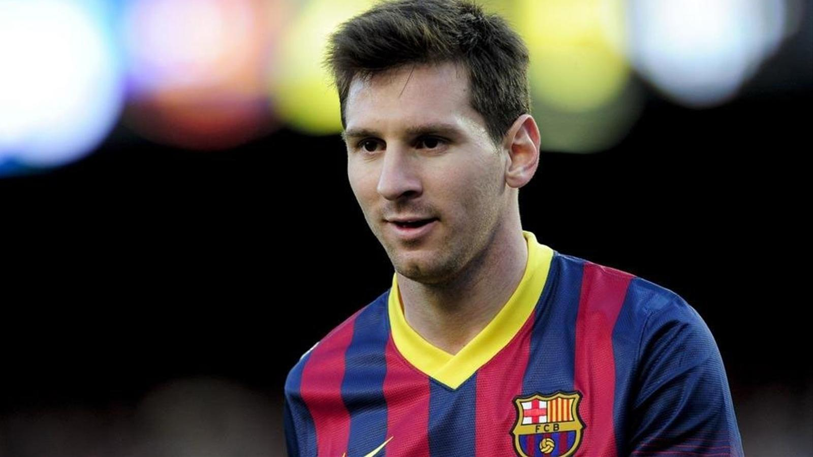Lionel Messi's numbers 'are from another galaxy'