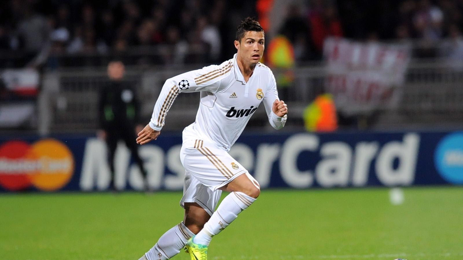 Cristiano Ronaldo (Real Madrid) face à Lyon (saison 2011-2012)