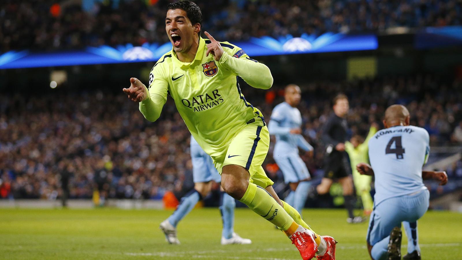 Luis Suarez strikes twice as Barcelona sink Manchester ...
