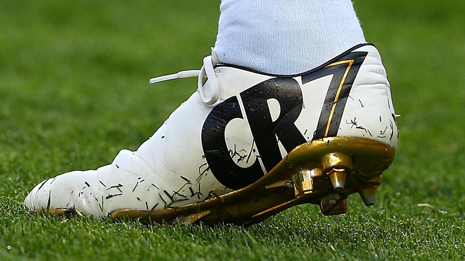 Les crampons Nike de Cristiano Ronaldo, en avril 2014