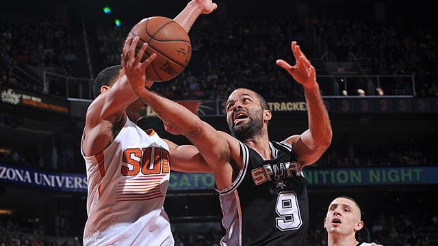 Le Spurs donnent la fess�e, l'hommage des Knicks : ce qu'il faut retenir de la nuit NBA
