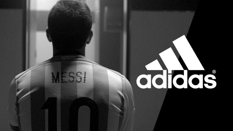21f72b79 Белые полосы. Как adidas догоняет Nike - Футбол - Eurosport