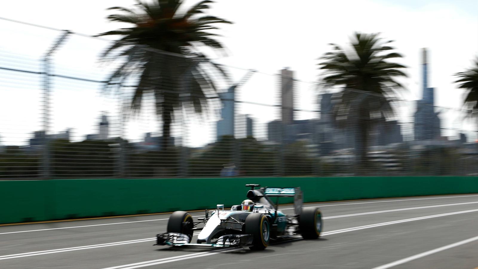 Spécial Sebastian Vettel (Formule un) - Page 12 1435426-30705414-1600-900
