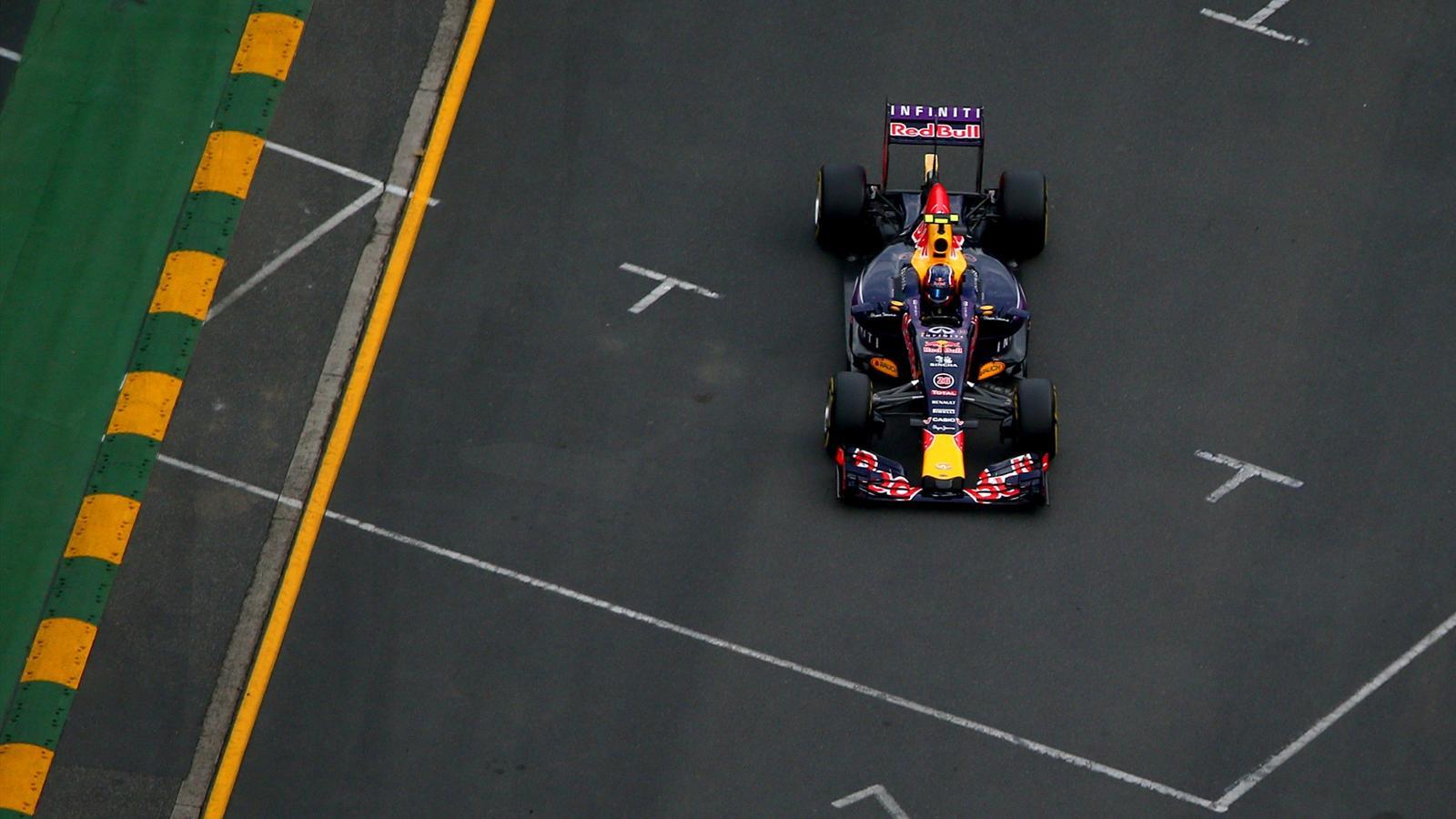 Spécial Sebastian Vettel (Formule un) - Page 12 1436156-30720014-1600-900