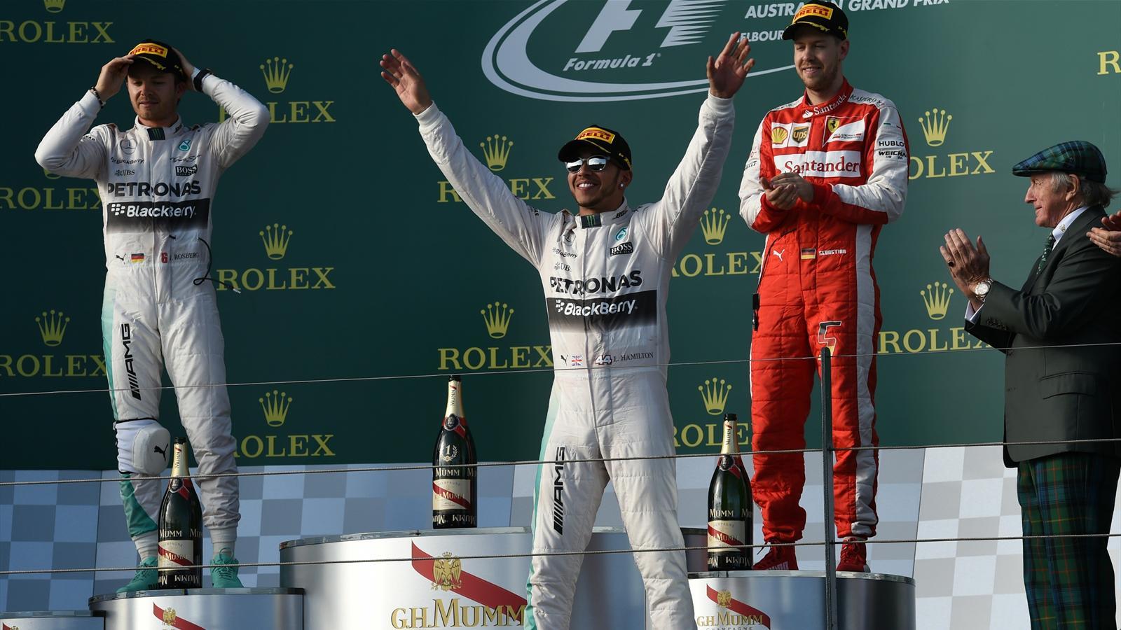 Spécial Sebastian Vettel (Formule un) - Page 12 1436334-30723574-1600-900