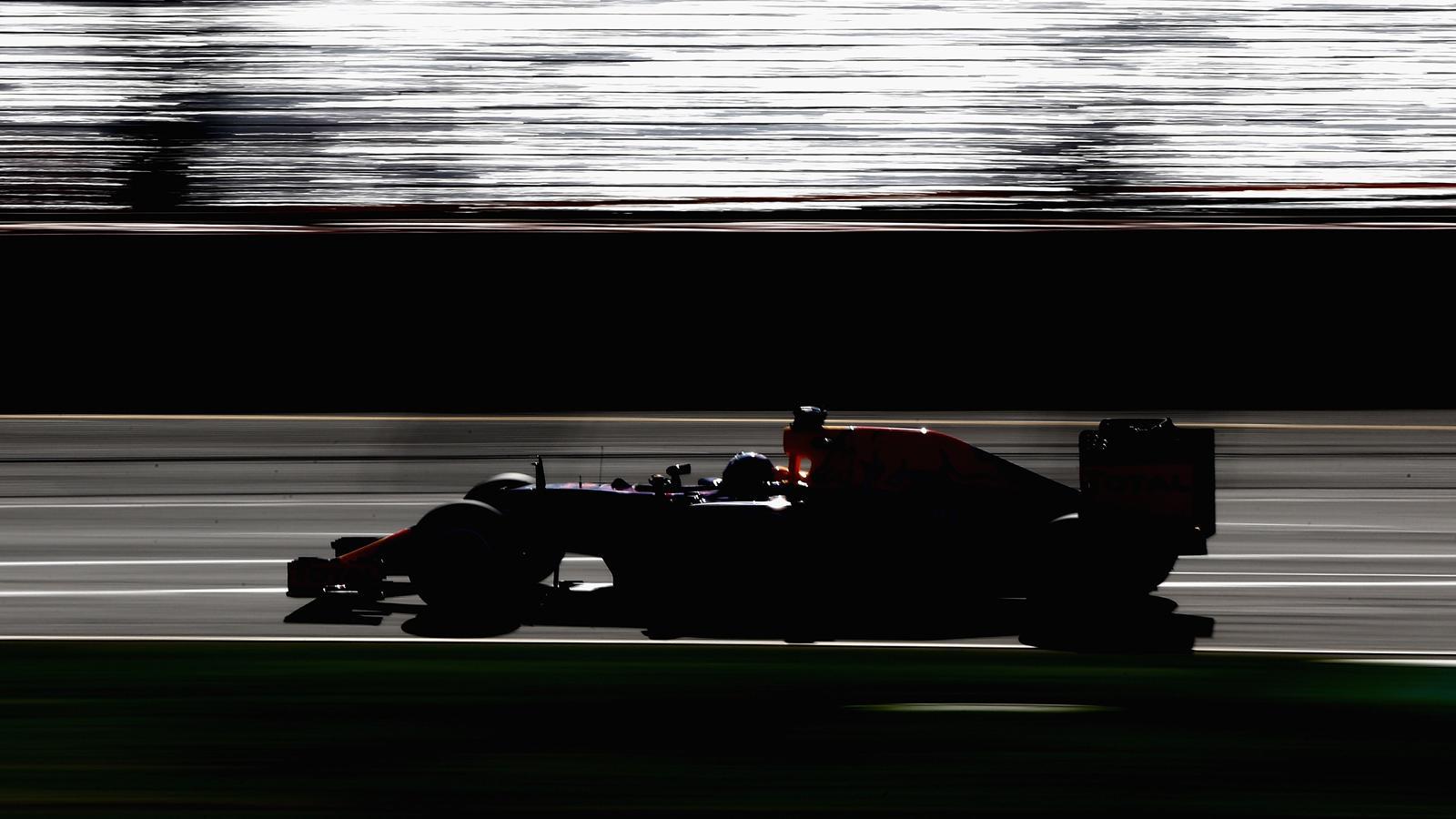 Spécial Sebastian Vettel (Formule un) - Page 12 1436994-30736774-1600-900