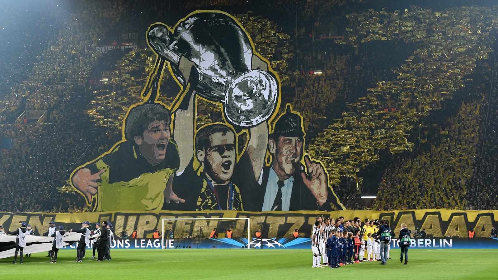 Le tifo des supporters de Dortmund face à la Juventus