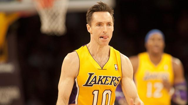 Le dos en compote, Nash raccroche les baskets