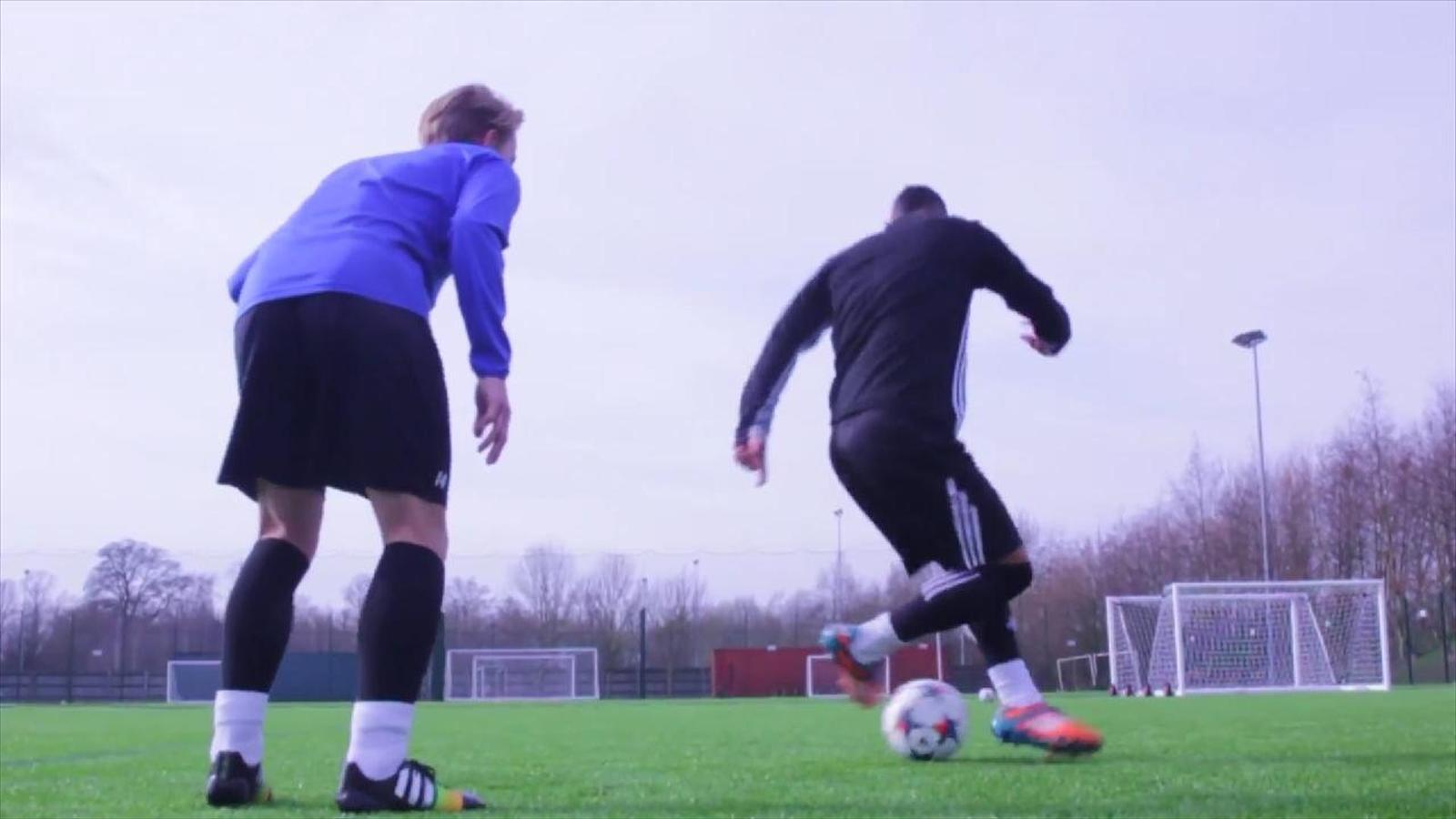 Как научится футболу в домашних условиях 223