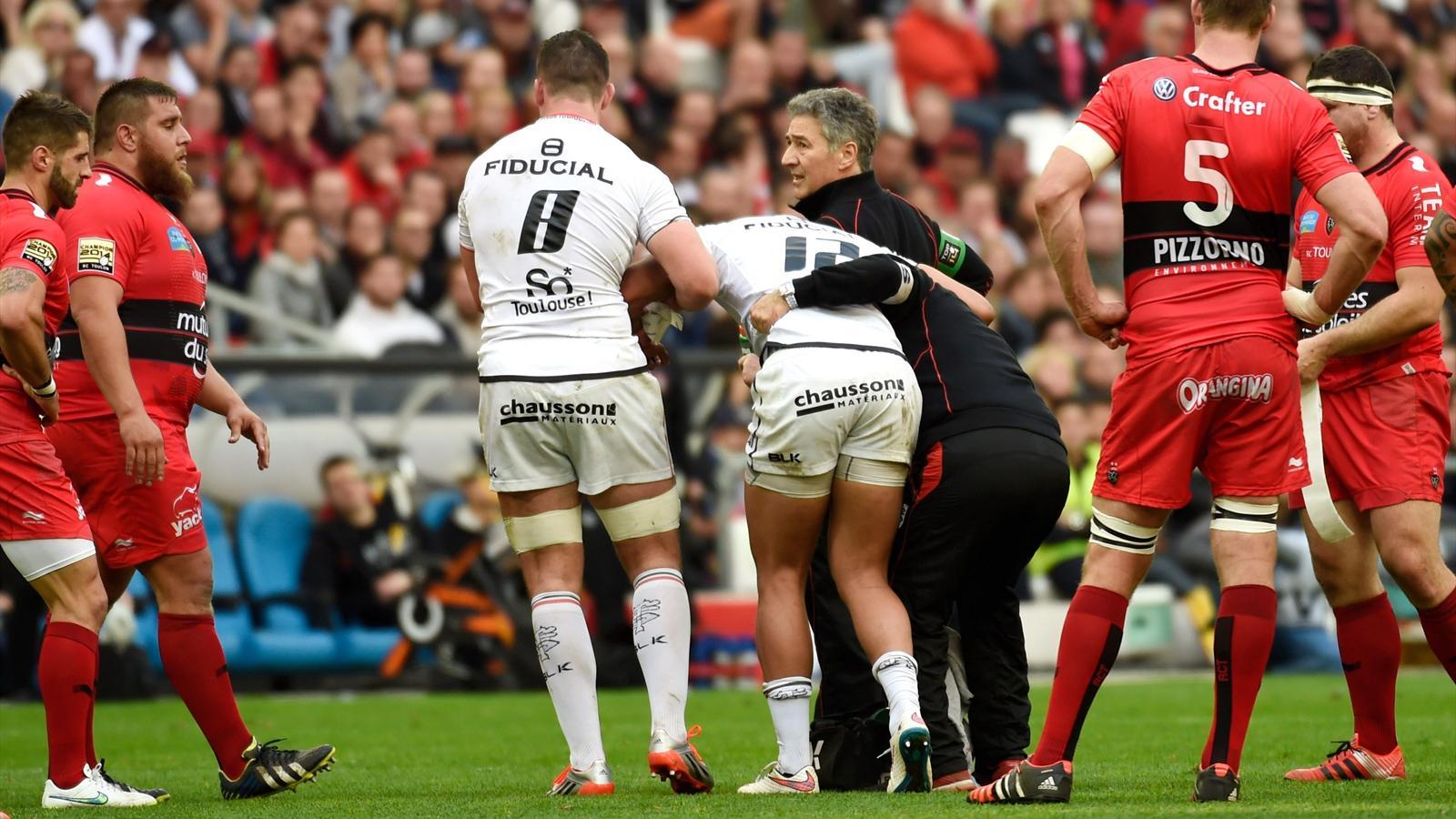 Top 14 toulouse saison termin e pour ga l fickou top for Interieur sport rugby