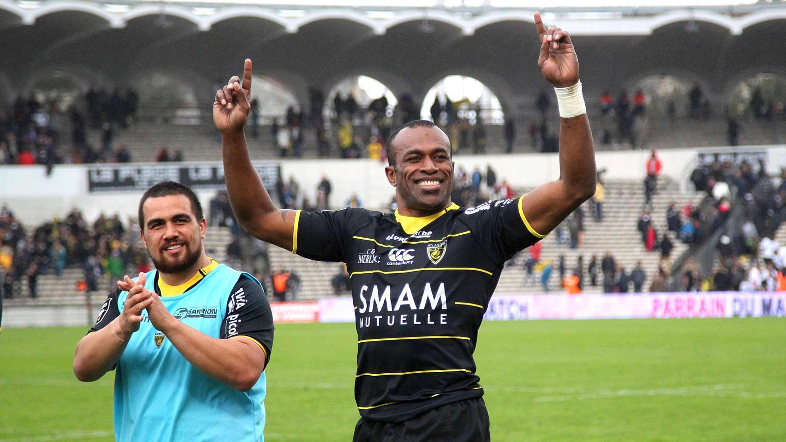 La joie du Rochelais Sireli Bobo après le succès contre Bordeaux-Bègles - 28 mars 2015