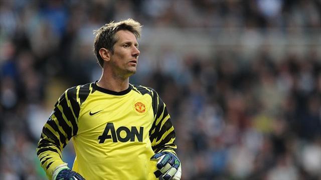 Van der Sar: I turned down Liverpool move