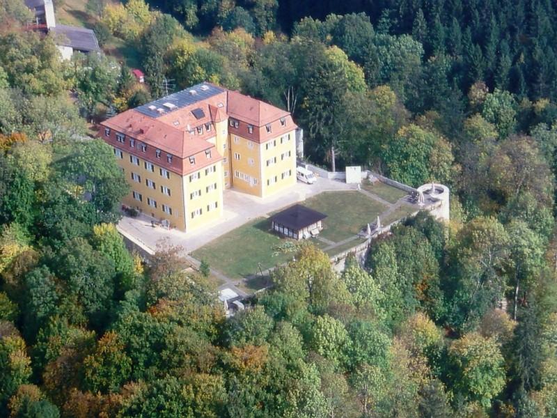 Замок Графенек