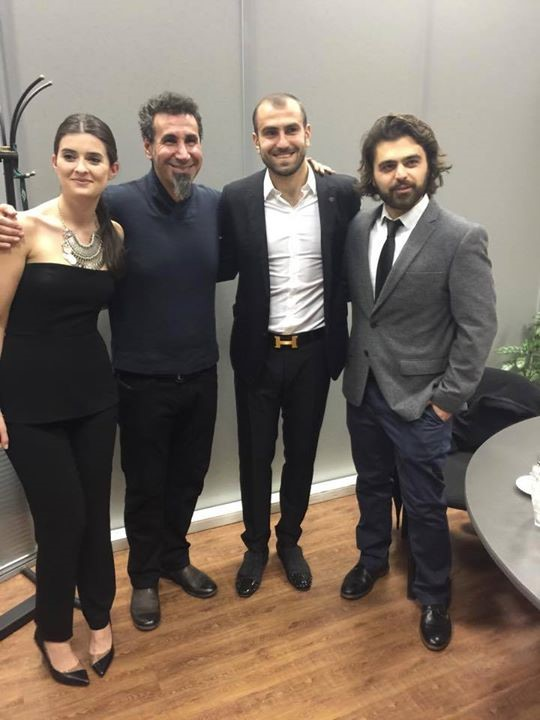 Юра Мовсисян встретился с солистом System of a Down Сержом Танкяном