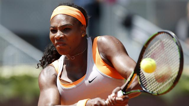 Serena Williams galibiyet serisini Navarro karşısında sürdürdü