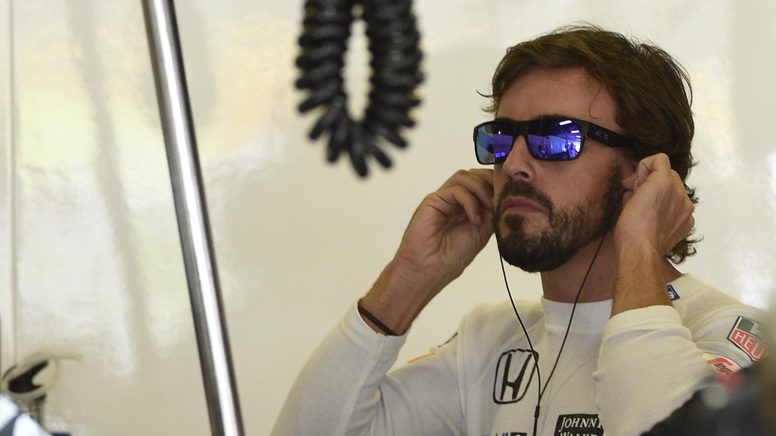 Spécial Sebastian Vettel (Formule un) - Page 19 1494368-31884512-1600-900