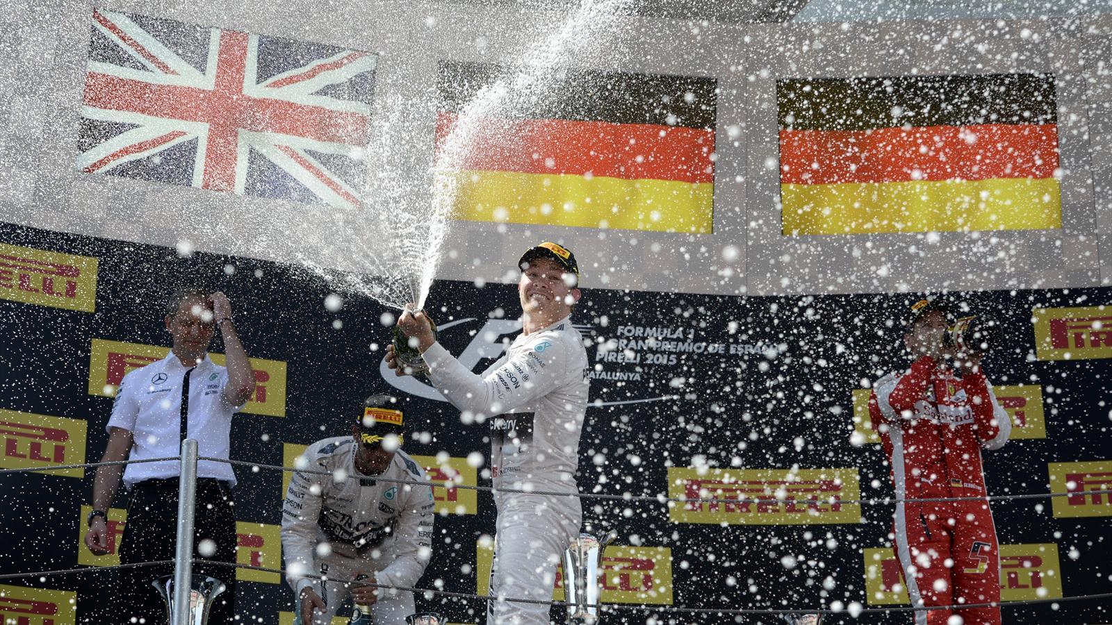 Spécial Sebastian Vettel (Formule un) - Page 18 1505417-32105508-1600-900