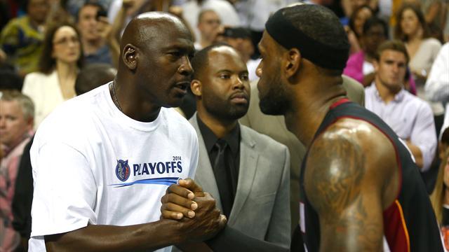 """""""Je suis fan de lui, j'aime le voir jouer"""" élogieux envers LeBron, Jordan s'oppose aux comparaisons"""