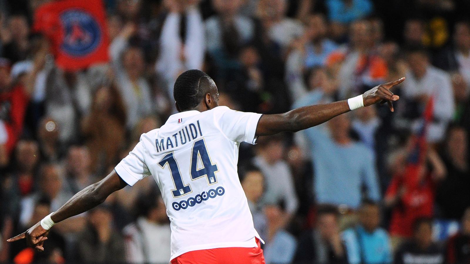 Blaise Matuidi célèbre le titre du PSG à Montpellier