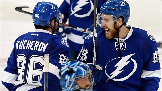Кучеров и Нестеров принесли «Тампе» победу над «Рейнджерс», Медведев уехал в НХЛ – новости дня