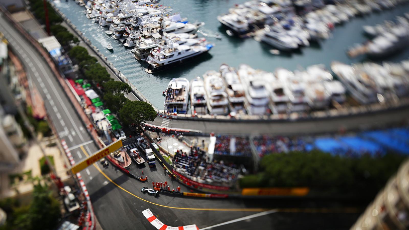 Spécial Sebastian Vettel (Formule un) - Page 19 1564918-33295726-1600-900