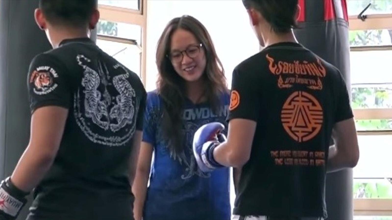 Тайская худышка дала себя видео фото 230-75