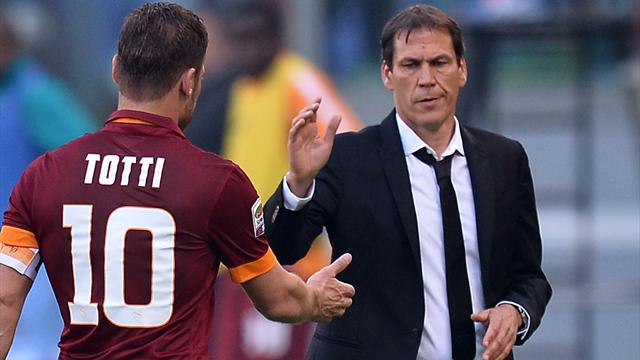 "Garcia ""retrouve un peu de Totti"" en Balotelli"