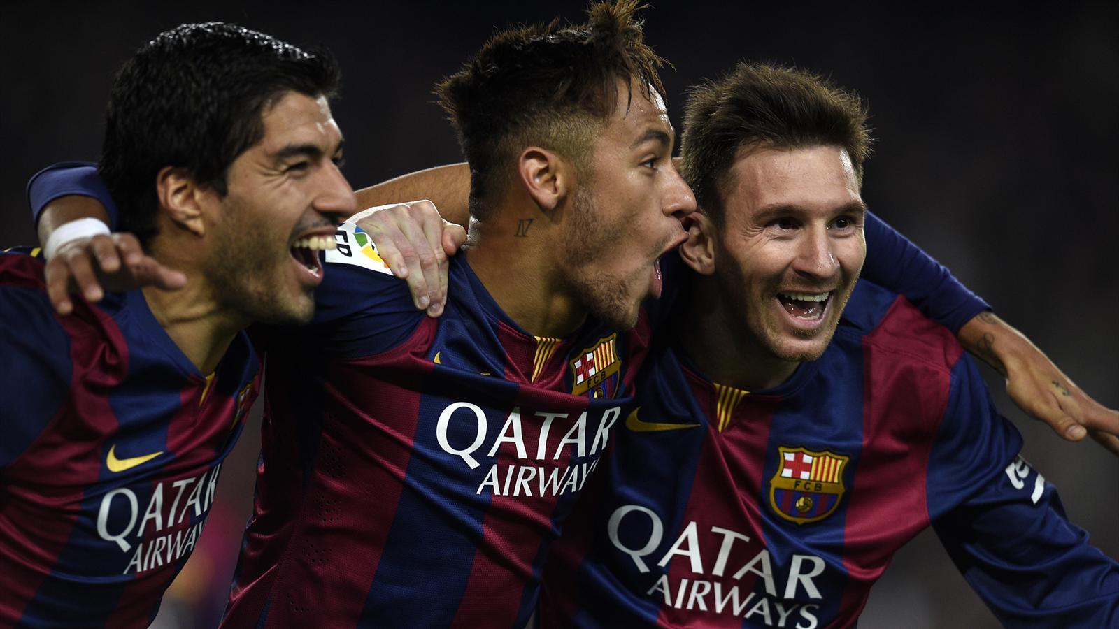 Opponent team fan spat in Lionel Messi 12/21/2015 84