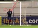 فيديو .. عامر شفيع لو لم يقف في المرمى.. ما دخل الهدف مرماه.. وعجبي!
