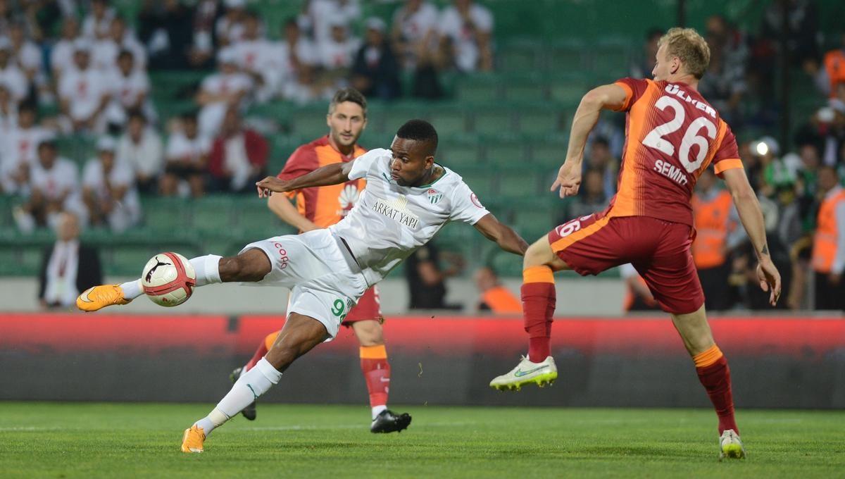 Bursaspor - Galatasaray Cedric Bakambu
