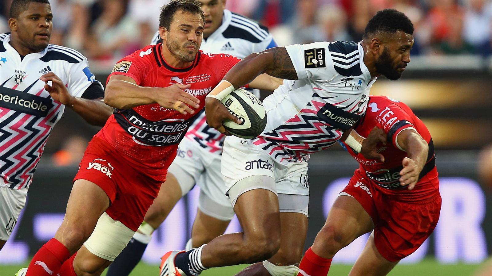 Le centre parisien Waisea tente d'échapper à Juan Martin Hernandez (Toulon)
