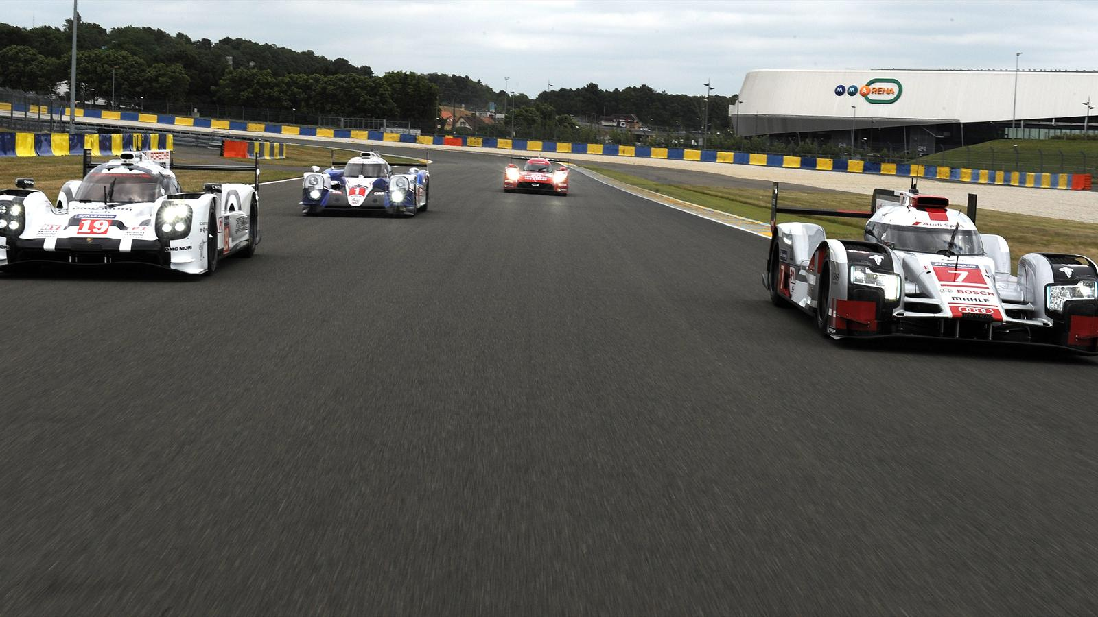 suivez les 24h du mans en direct vid o 24 heures du mans 2015 wec eurosport. Black Bedroom Furniture Sets. Home Design Ideas