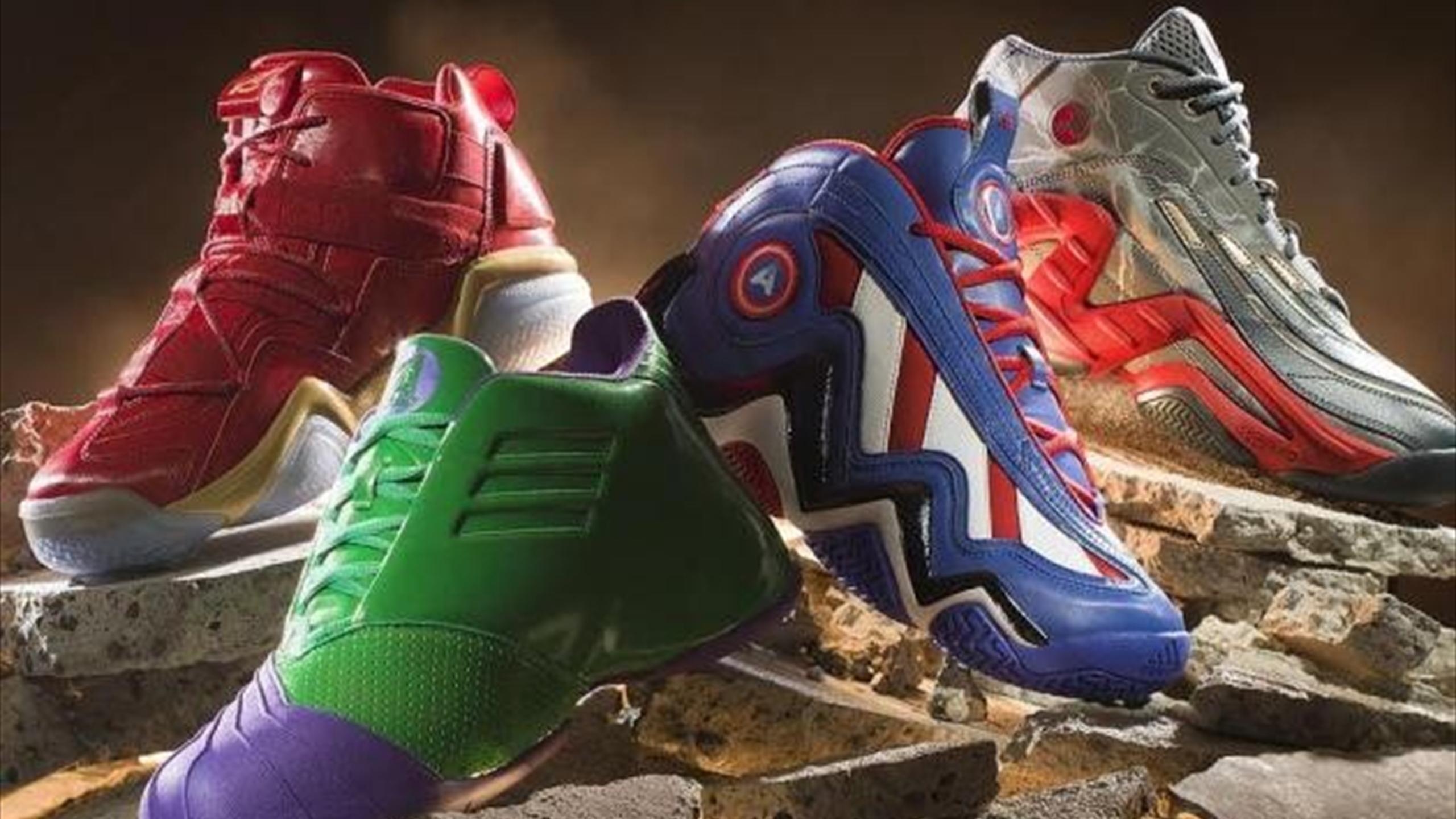 Vengadores' Curiosport De Una 'los Saca Edición Adidas Limitada kiuPXZ