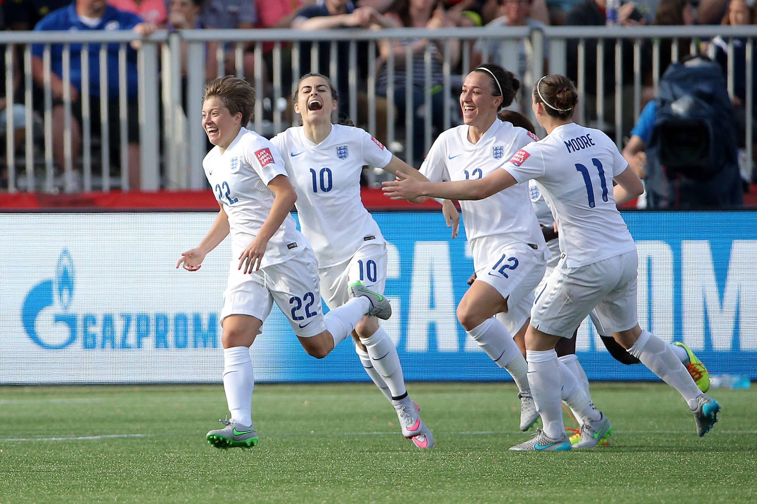 England celebrate scoring against Mexico at the Women's World Cup