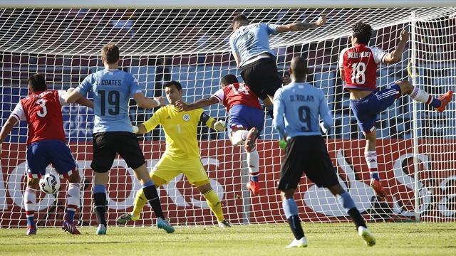 Uruguay-Paraguay: Un trámite de Portada (1-1)