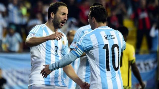 """Messi 'chiama' Higuain in Nazionale: """"Ai Mondiali deve esserci"""""""