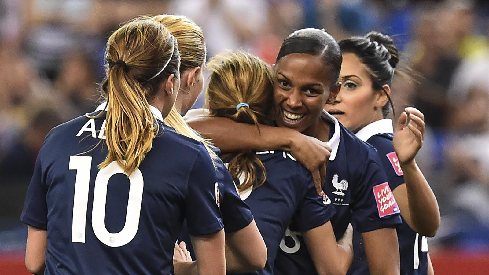 Les bleues sont lanc es direction un sommet contre l - Resultat foot feminin coupe de france ...