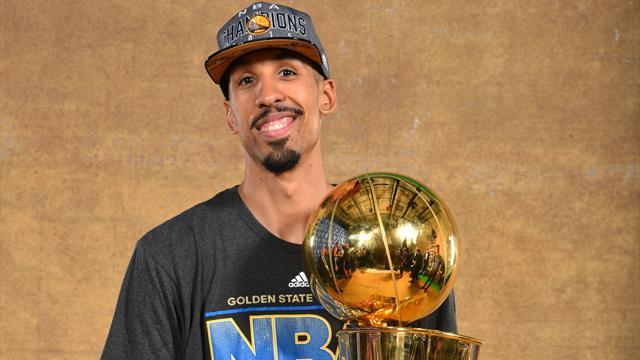 Livingston, triple champion avec Golden State, prend sa retraite