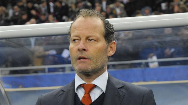 Netherlands coach hopeful of backdoor escape