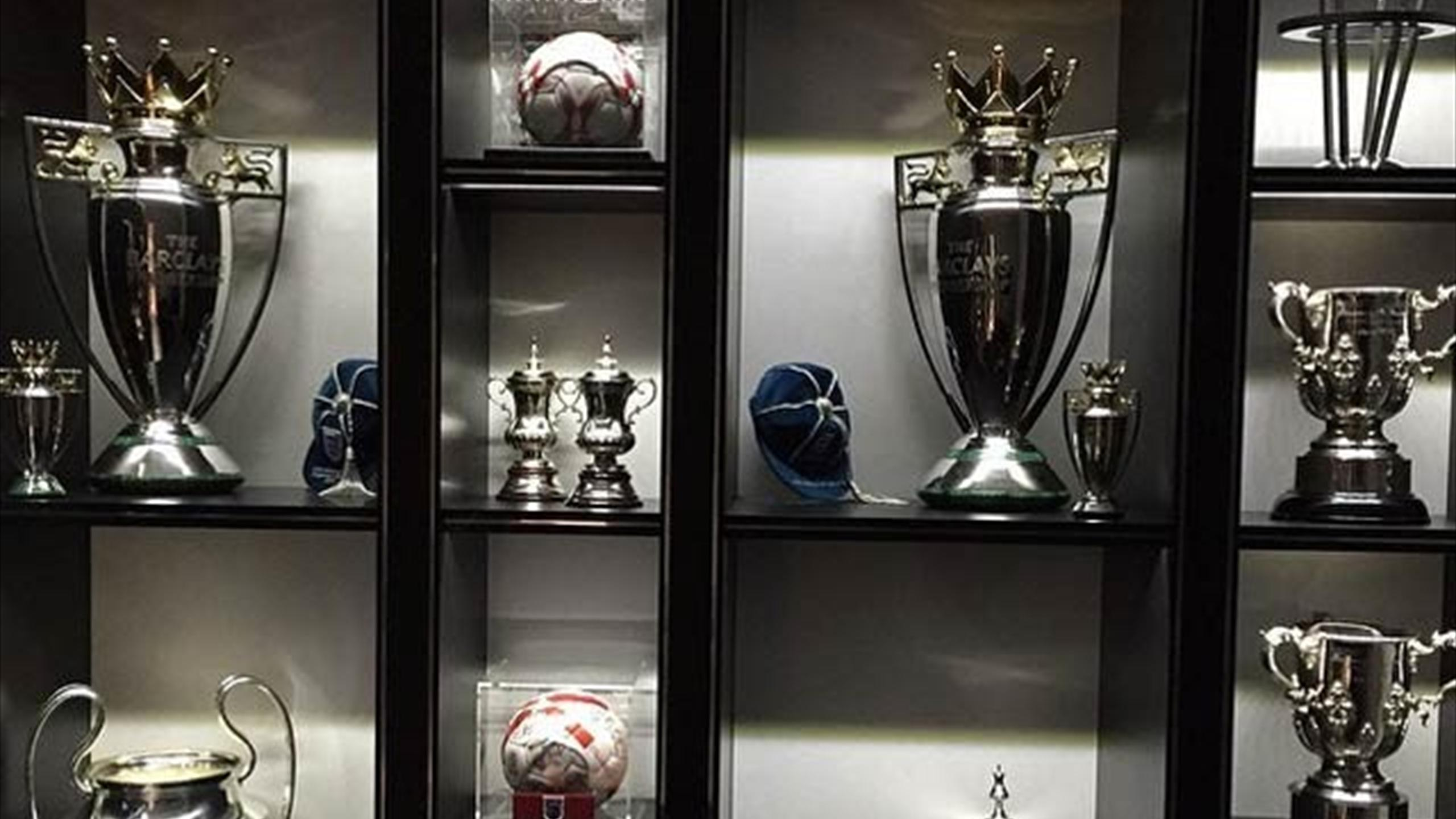 Superbe Chelsea Captain John Terry Posts An Image Of His Trophy Cabinet On Instagram