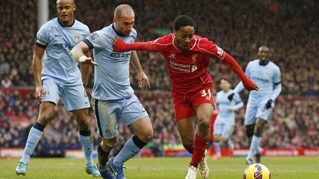 Liverpool taraftarı Sterling'i internetten satışa çıkardı