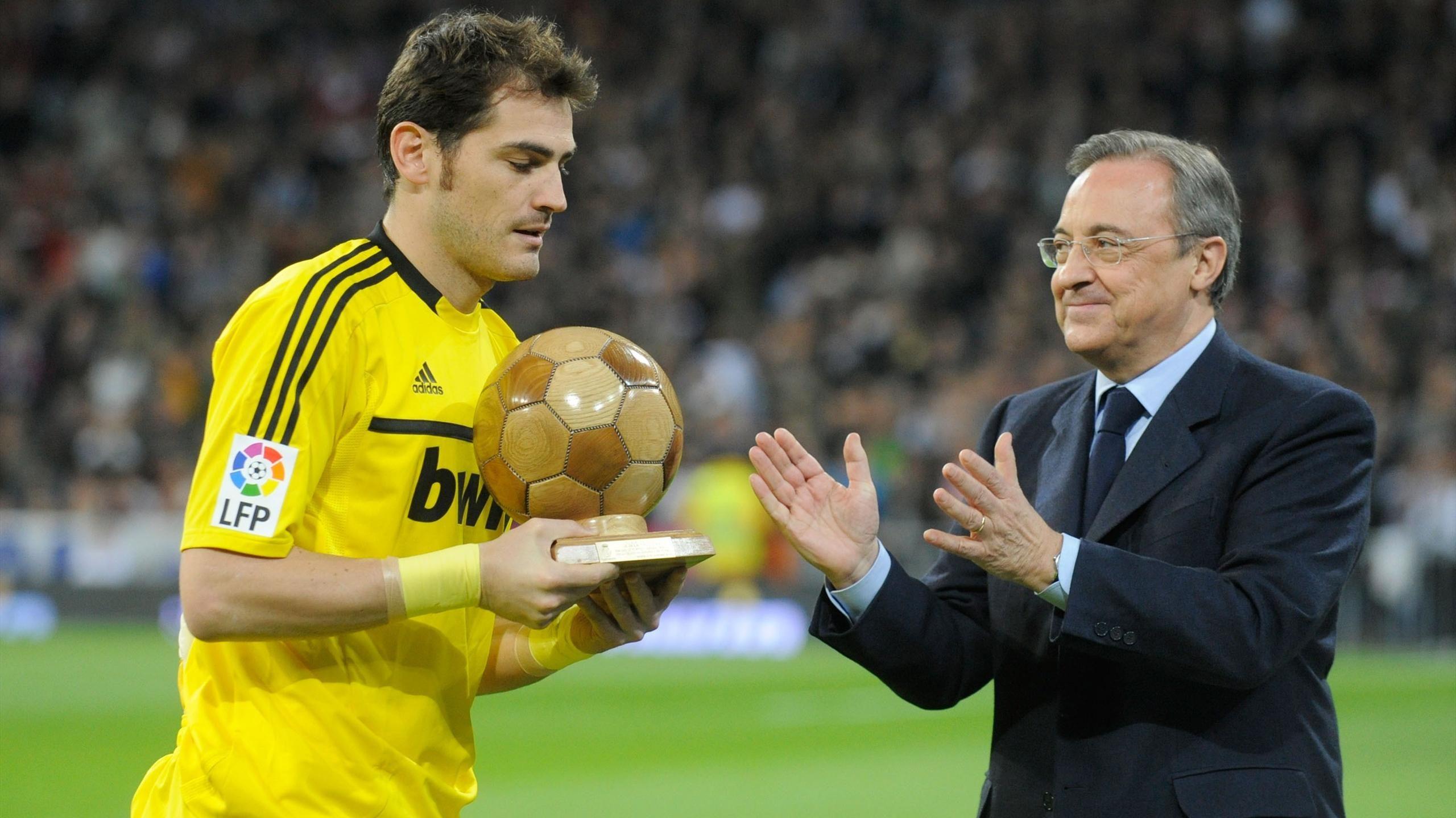 Blog ur a casillas blackhawk derribado f tbol eurosport for Casillas para jardin