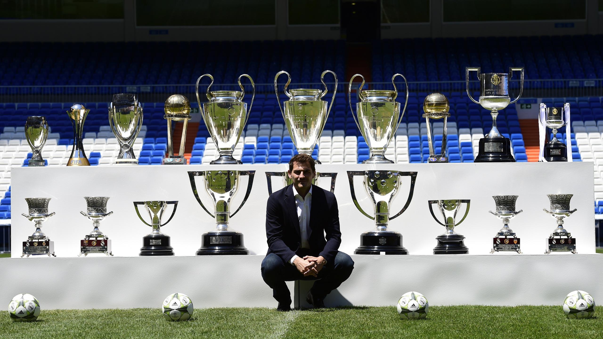 Iker Casillas con sus 19 títulos en el Real Madrid