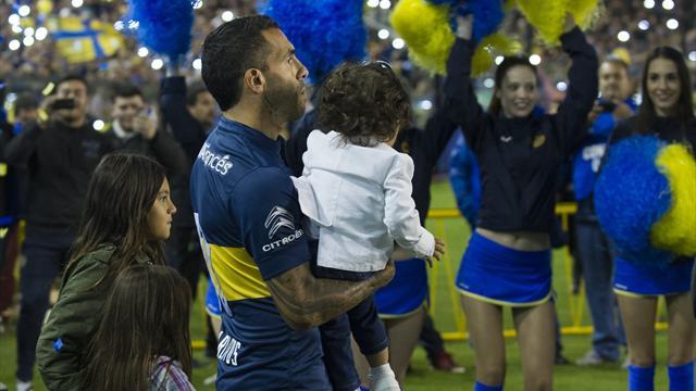 Tevez revient en héros à Boca Juniors