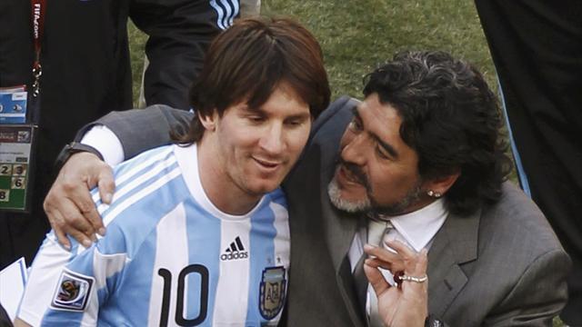 """Maradona: """"Messi? Un peluche più che un calciatore"""""""
