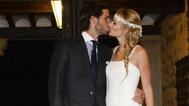 Фелисиано Лопес женился