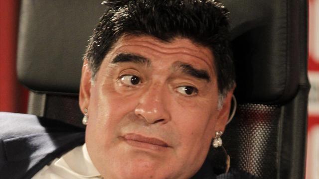Maradona, accusé de fraude fiscale en Italie, refuse de payer