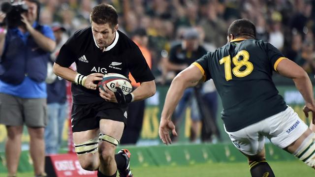 A l'expérience, les All Blacks pourtant dominés arrachent la victoire en Afrique du Sud
