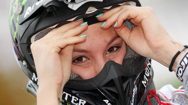 Kiara Fontanesi si impone in gara-1 ad Assen e conquista la vetta del WMX