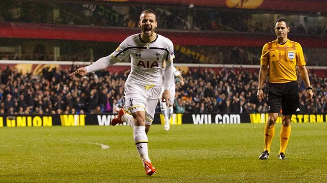 Roberto Soldado steht angeblich vor einem Wechsel von den Tottenham Hotspurs zu Borussia Dortmund